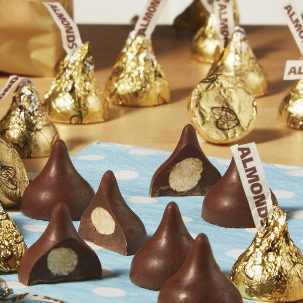 Hershey-kisses-sữa-hạnh-nhân-dòng-classis-2-socolamy.com