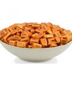 hershey-vuông- kẹo-giòn-hạnh-nhân-9-socolamy.com